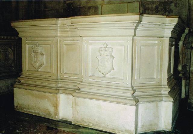 Dreux , chapelle royale St Louis 12509110