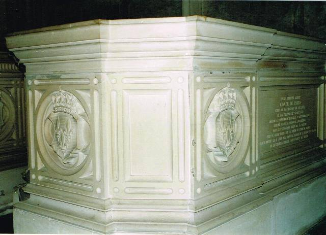 Dreux , chapelle royale St Louis 12510411