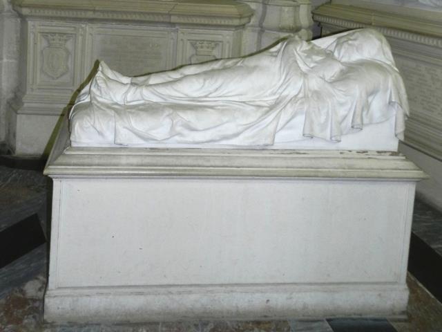 Dreux , chapelle royale St Louis 12522910