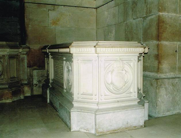 Dreux , chapelle royale St Louis 12540911