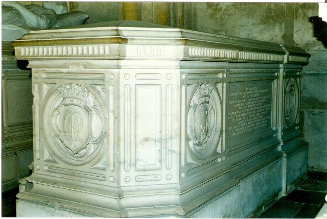 Dreux , chapelle royale St Louis 12565313