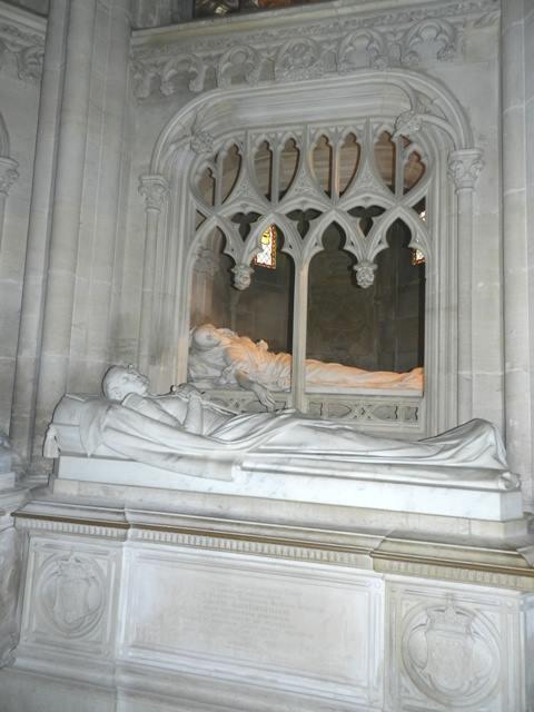 Dreux , chapelle royale St Louis 12565410