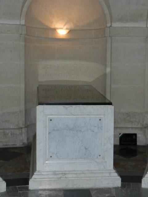Dreux , chapelle royale St Louis 12573713