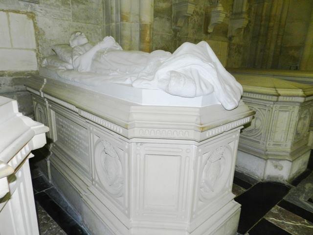 Dreux , chapelle royale St Louis 14412610