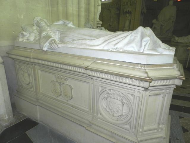 Dreux , chapelle royale St Louis 94087410