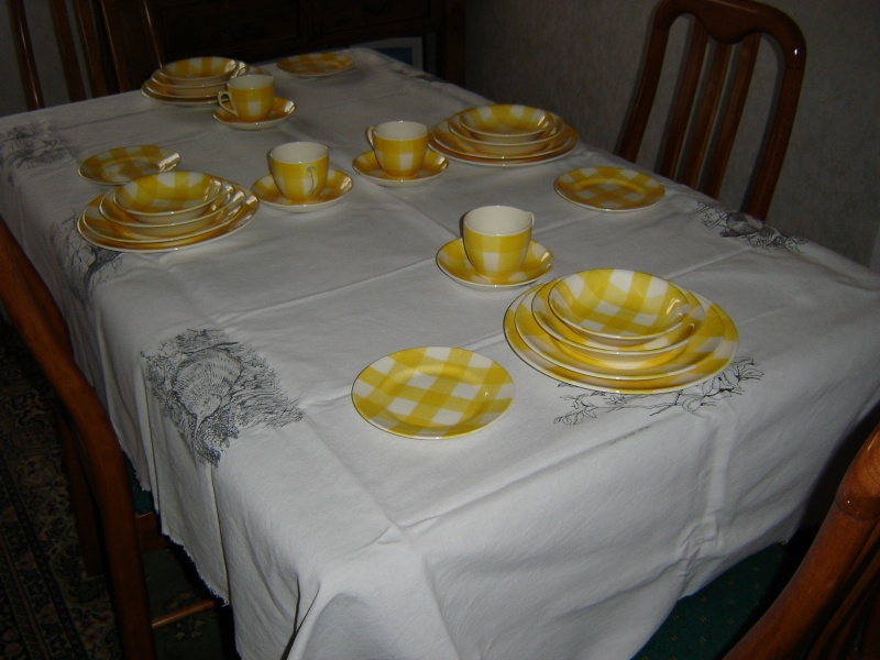 dinner - Checked pattern C.L. Tableware Dsc00317