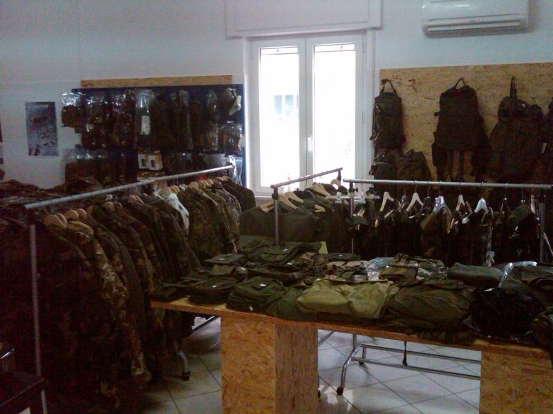 negozio dei corvi di fermo Img00013