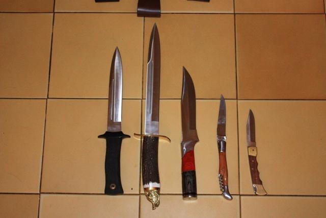 vos couteaux de chasse et leurs usages ... Img_3810