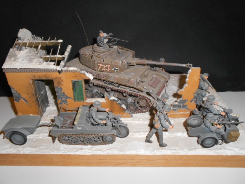 [HELLER] Diorama ruines Normandie 1/35e  Ref: 81250 Dscn4918