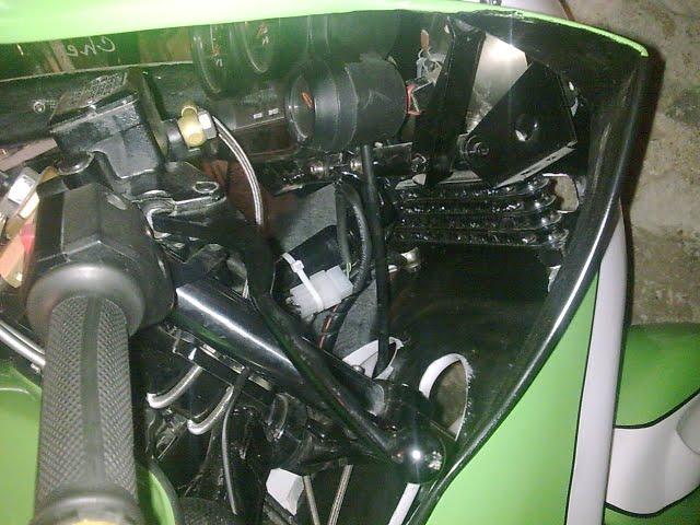 restauration d'un 900/1100 ZR godier genoud Gg211
