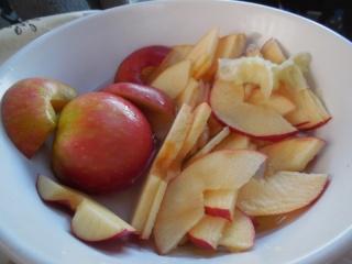 rose apple une autre façon de faire des tartelettes aux pommes Dscn0418