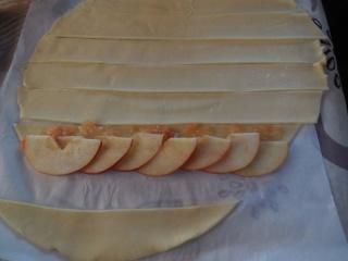rose apple une autre façon de faire des tartelettes aux pommes Dscn0419