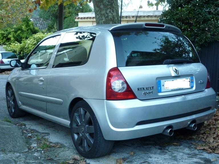[fredo06] Megane II RS Luxe et Clio II RS CS 182 P1010411