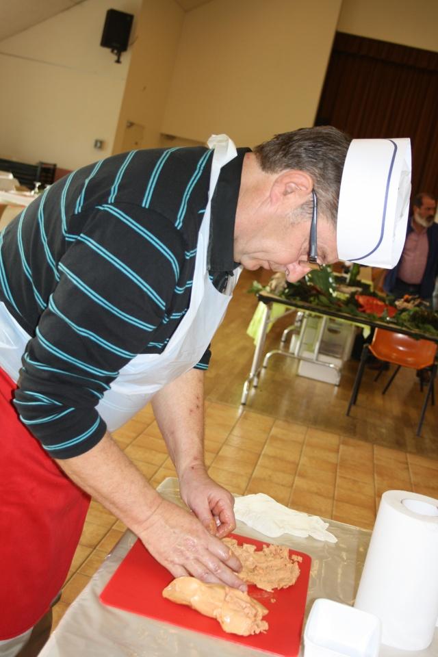 Jocelyne - novembre 2015 - Cuisine (foie gras et chocolat) et atelier cartes et boites papier 02310