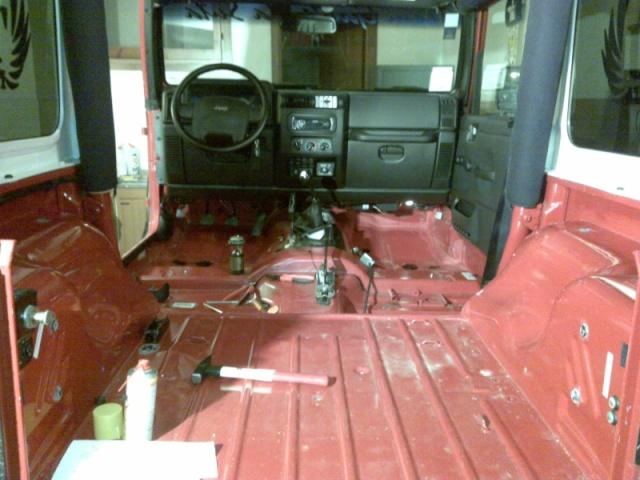 New Project: CARONTE is in progress...rivestimento interno scocca tipo pick up 14052015