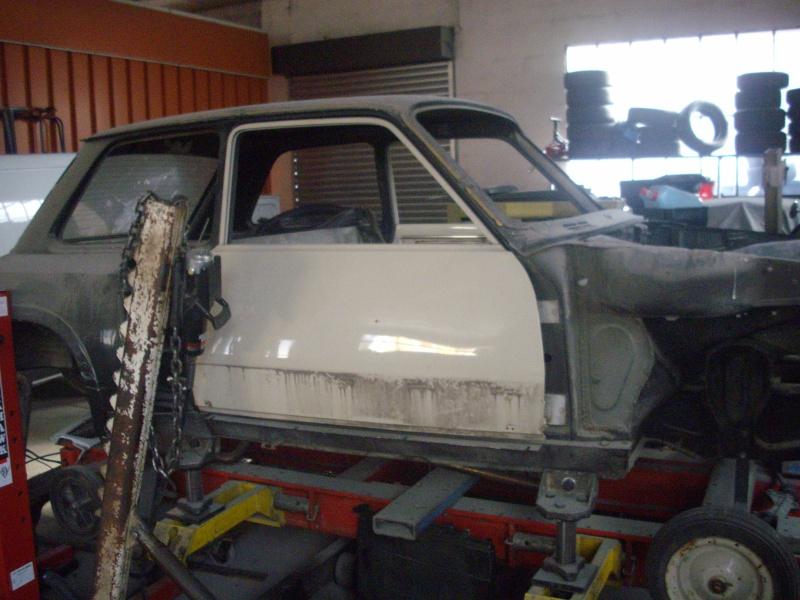 restauration r5 turbo 2 noir 622 D10