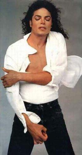 Michael Jackson in posa (anke come modello era bellissimo) - Pagina 5 5e669a10