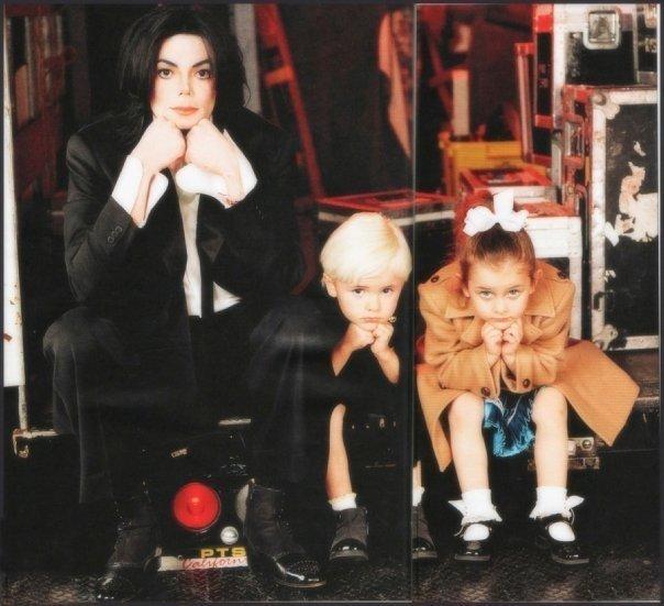 Michael Jackson in posa (anke come modello era bellissimo) - Pagina 6 95181010
