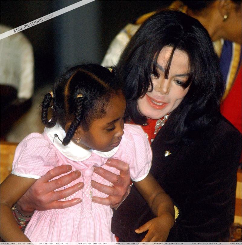 Foto di Michael e i bambini - Pagina 12 Inel5g10