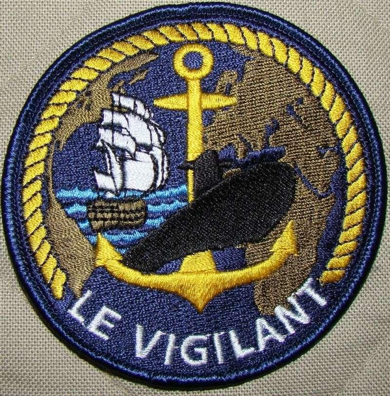 Ma collec. patchs Marine Nationale : sous-marins , cdo etc. Dsc05410