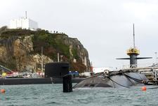 [Les bases de sous-marins] ILE LONGUE - Page 3 Photo-10