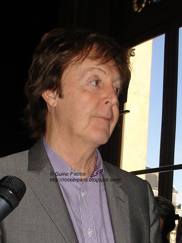 Paul à Paris pour le défilé de Stella ! Dsc08113