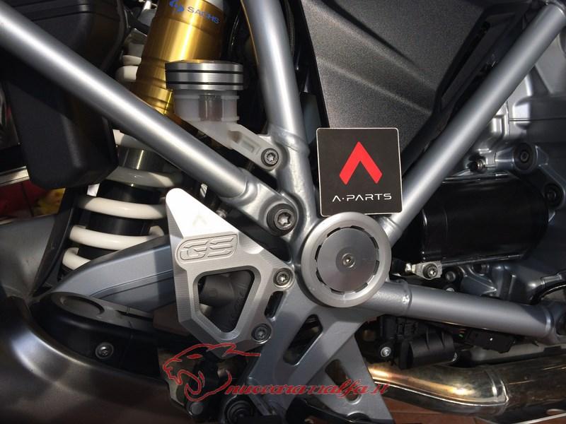 BMW K50 R1200GS LC sostituzione tappo olio freno posteriore A Parts by Max450 Max45151