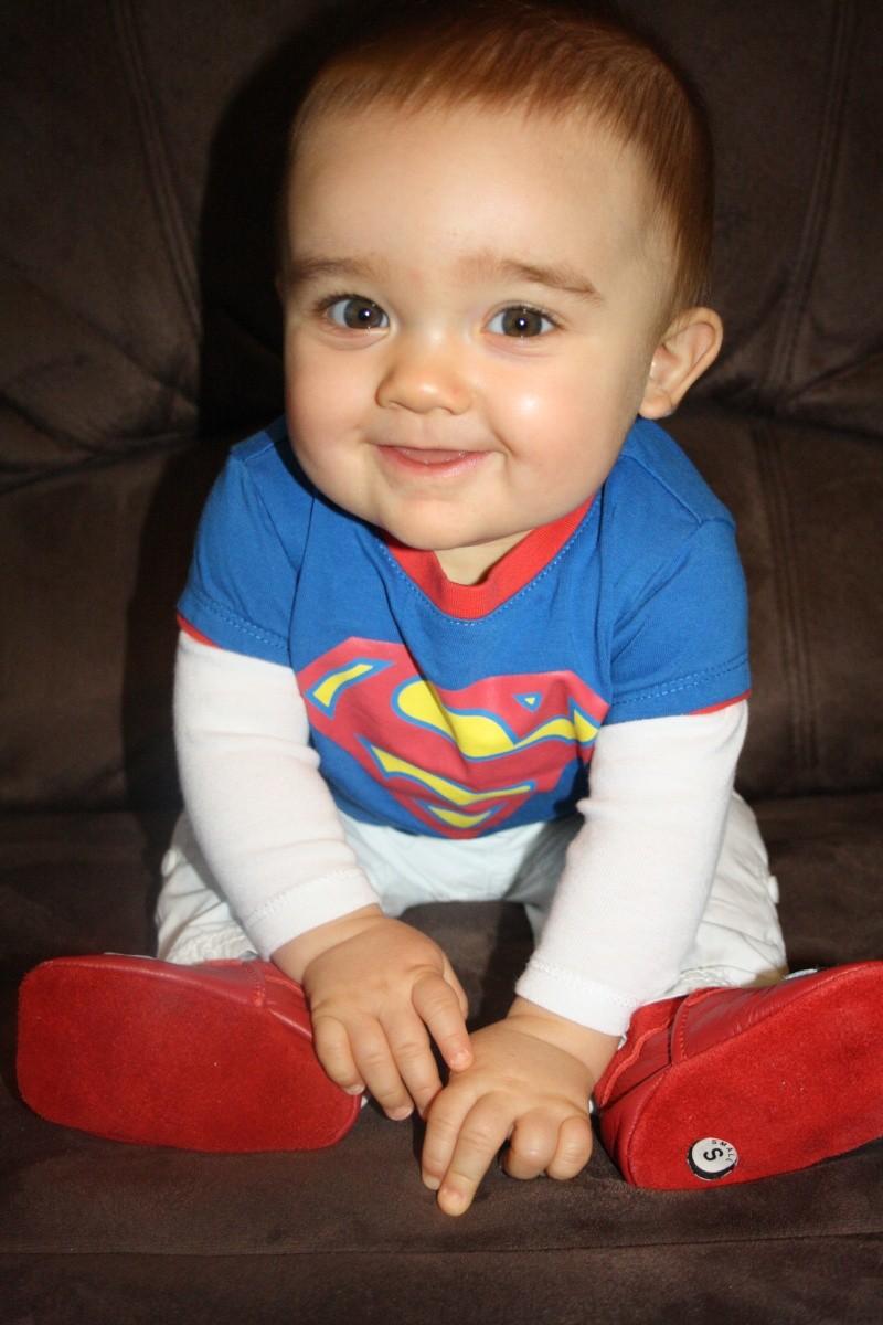 demande de montage anniversaire 1 an bébé Eythan  0810