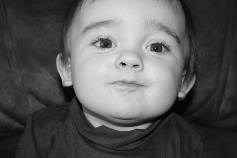 demande de montage anniversaire 1 an bébé Eythan  1110