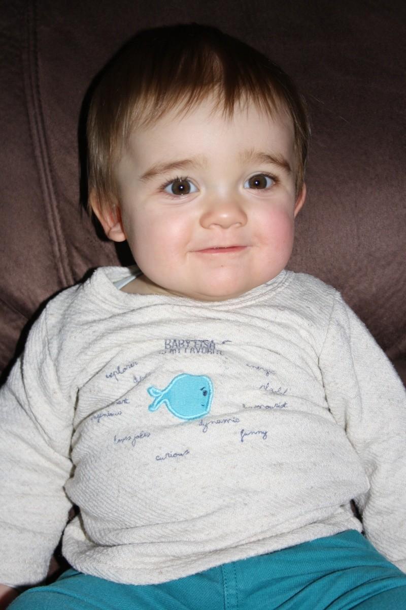 demande de montage anniversaire 1 an bébé Eythan  1210
