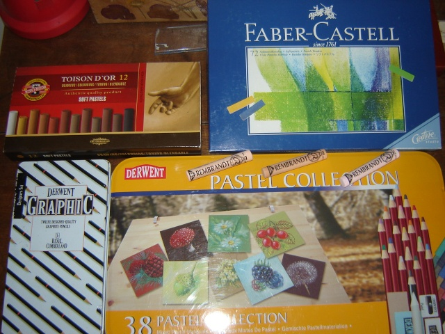 Pastels et matériel Dsc04812