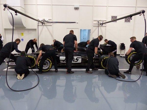 HAAS F1 Team Sans-t10