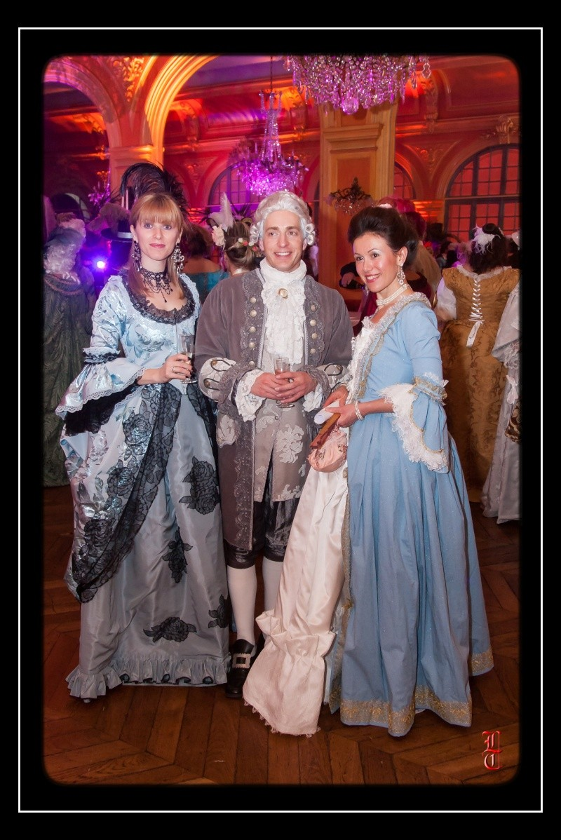 le Bal des favorites 22 Novembre 2014 les photos - Page 6 20131110