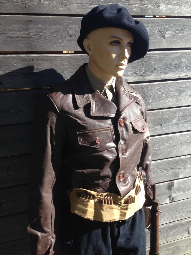 Mannequin d'un chasseur du 6ème BCA au Vercors Img_6113