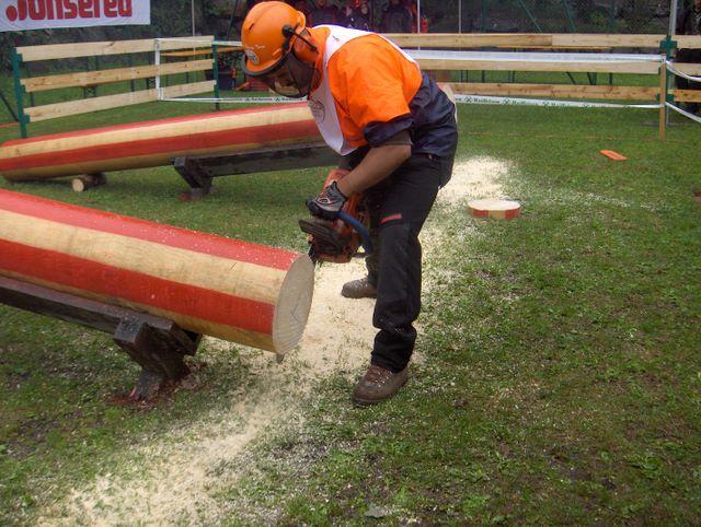 foto delle spettacolari gare dei boscaioli - Pagina 2 Moso_t10