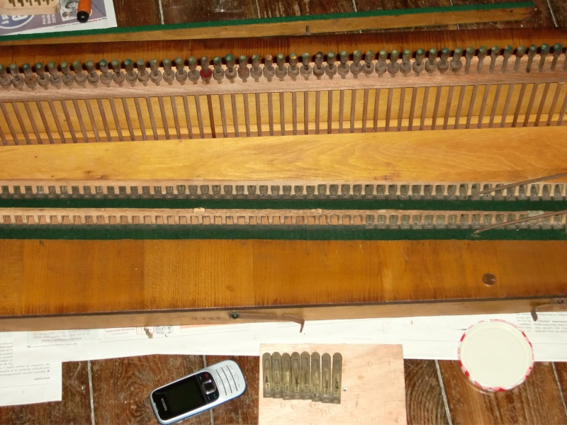 Apollo reed organ Cimg0715