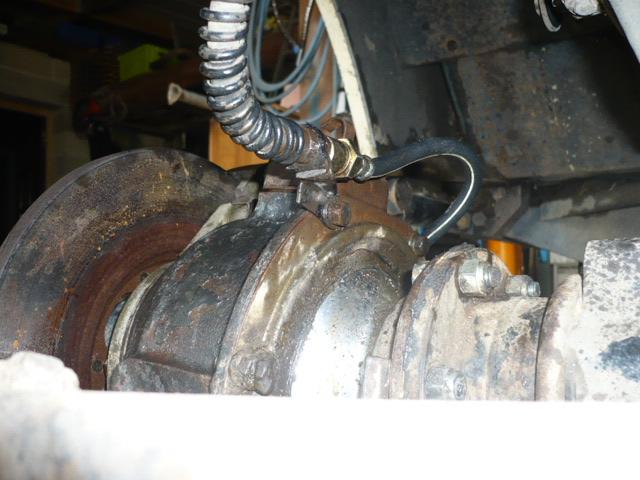 Kit frein a disques P1020015