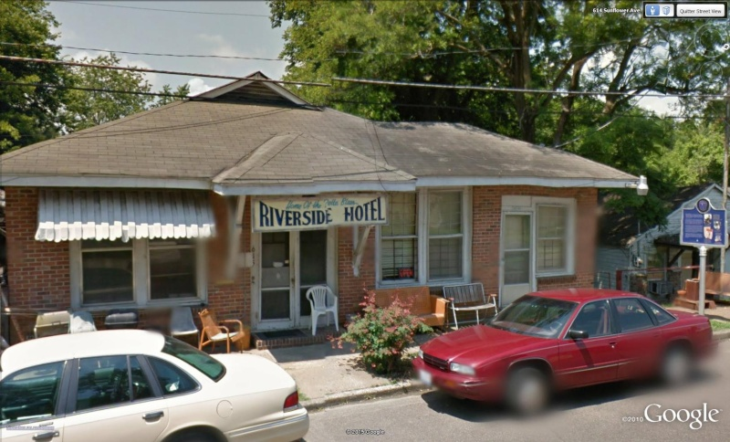 Le blues authentique dans les juke-joints du delta du Mississippi aux États-Unis - Page 2 River210