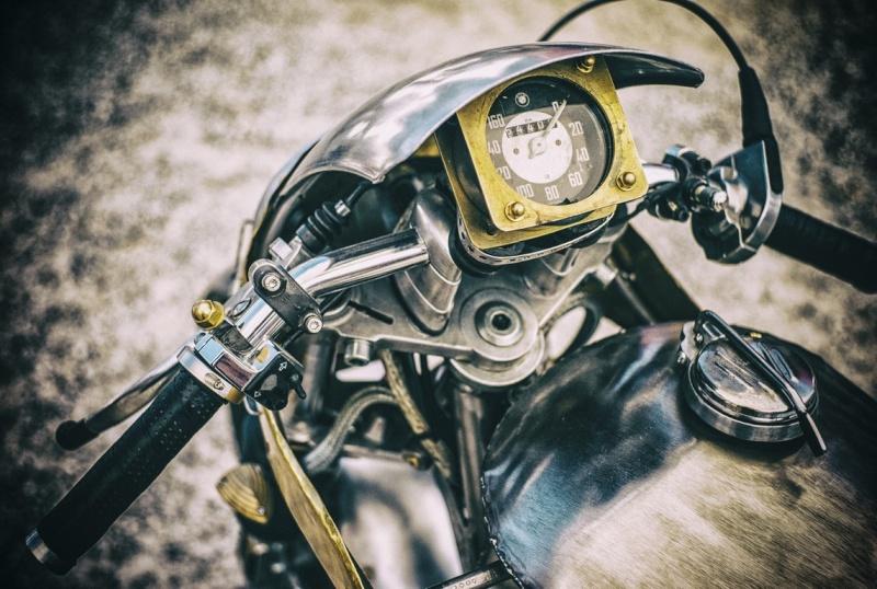 Moto Sumisura L1367912