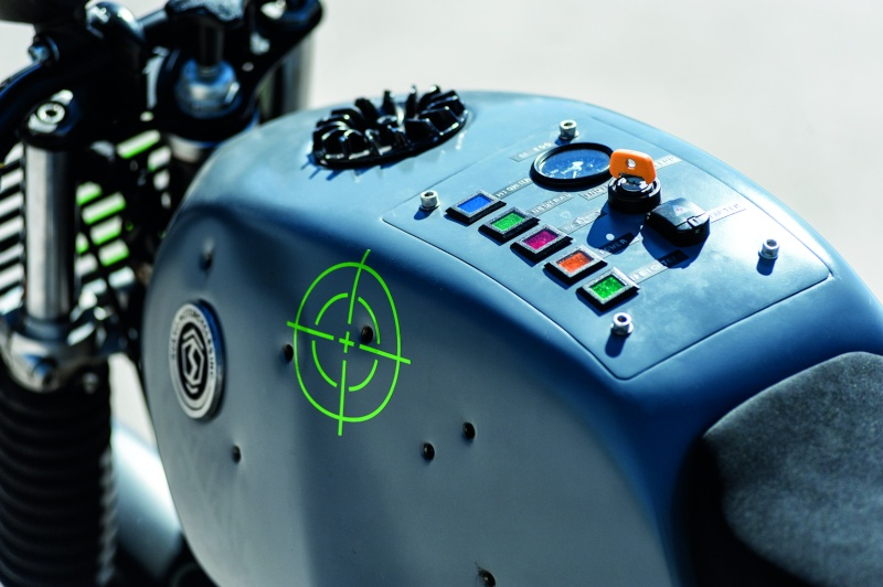 r100 svako motorcycle Svako10