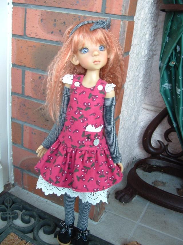 Jane étrenne sa nouvelle tenue  Dscf0107