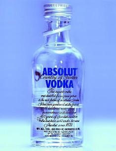 LA CAVE - Page 3 Vodka10