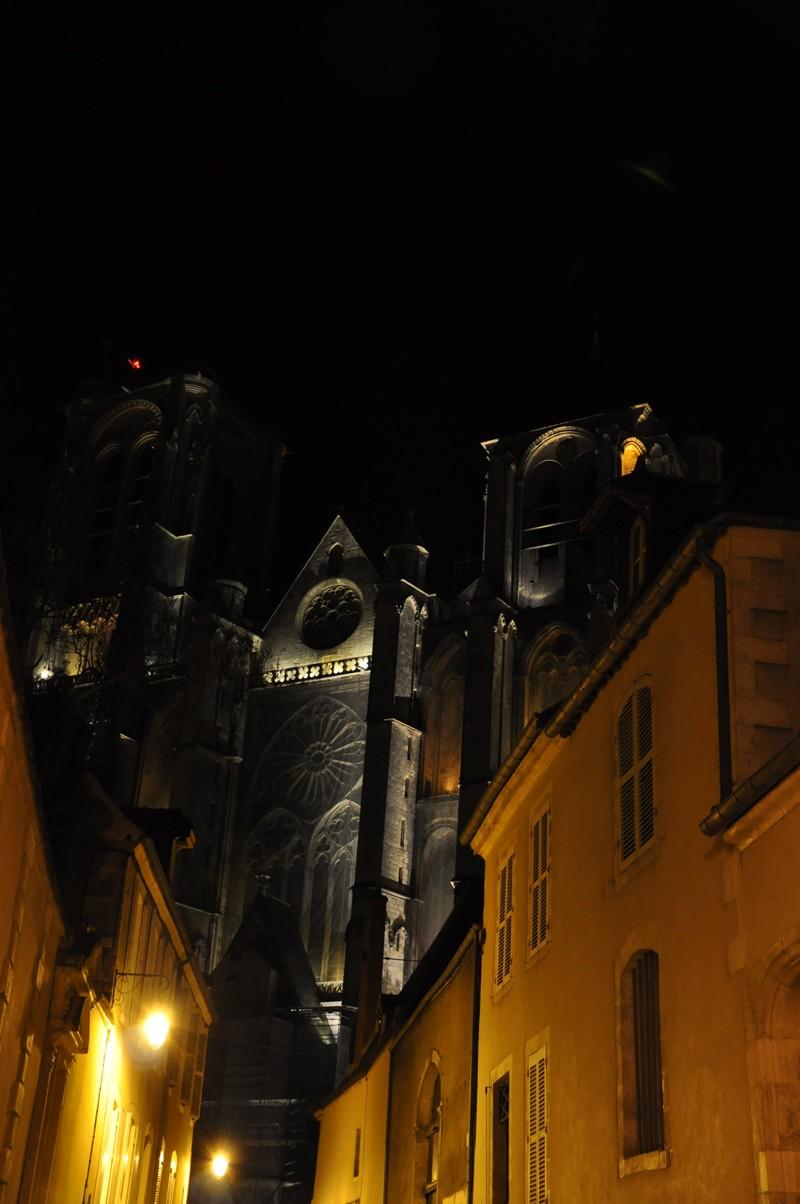 Photos de la ville de Bourges (avant le printemps) Bourge11