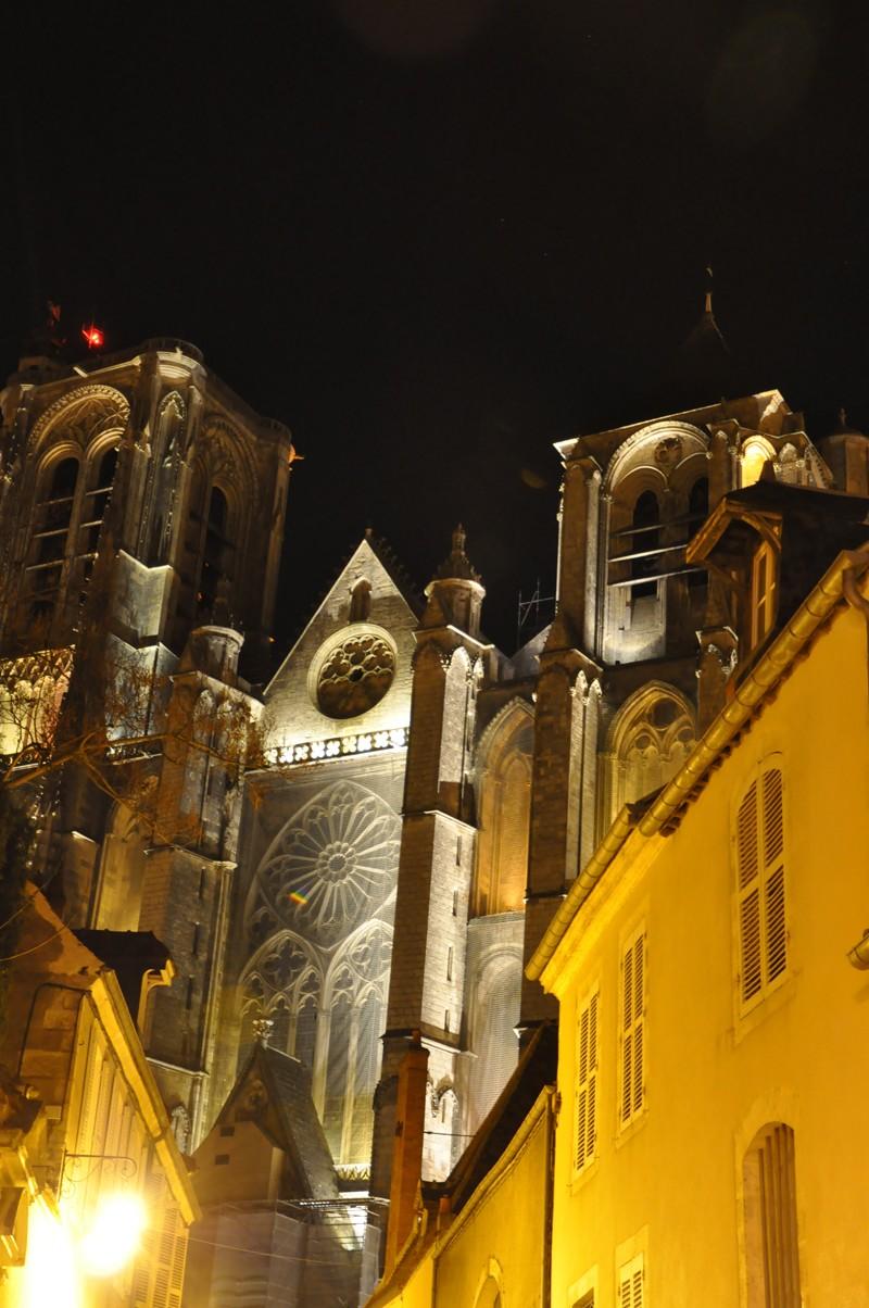 Photos de la ville de Bourges (avant le printemps) Bourge12