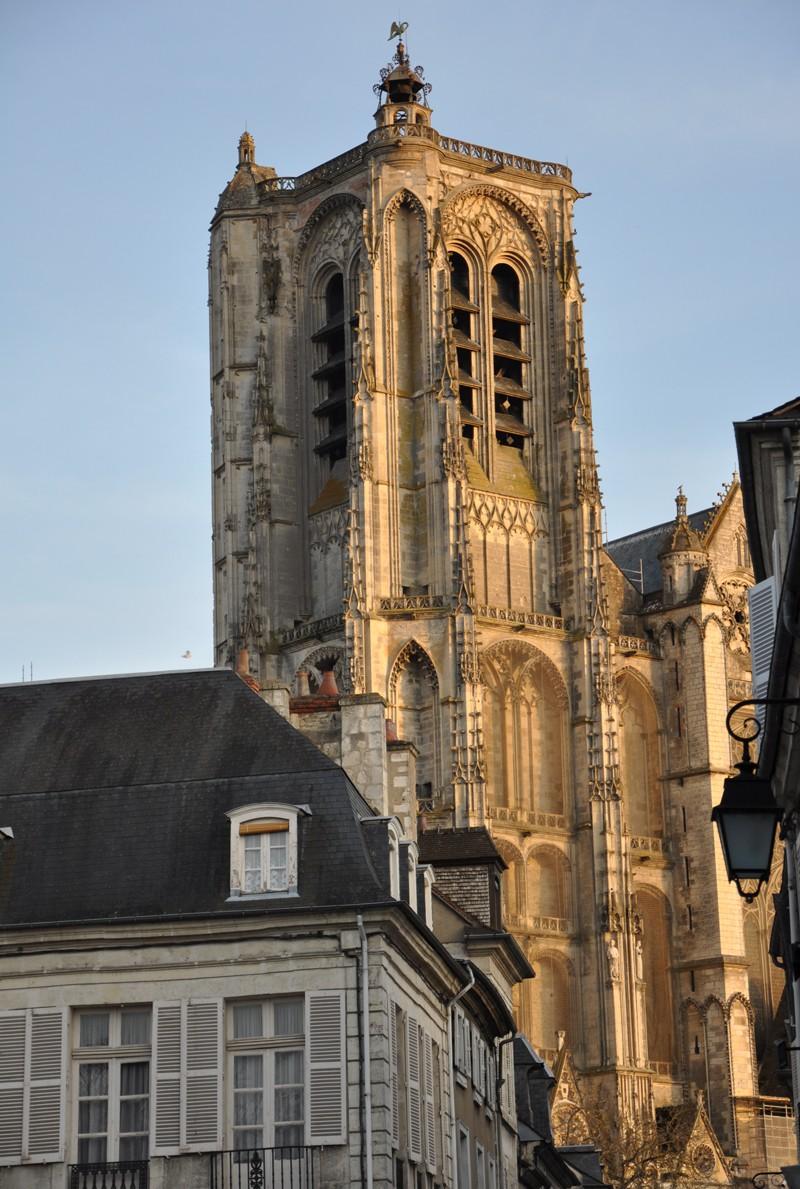 Photos de la ville de Bourges (avant le printemps) Bourge21