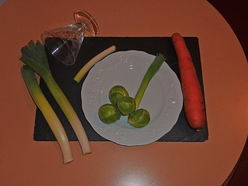 Concours du mois de mars 2010. Thème : Art de la table 110