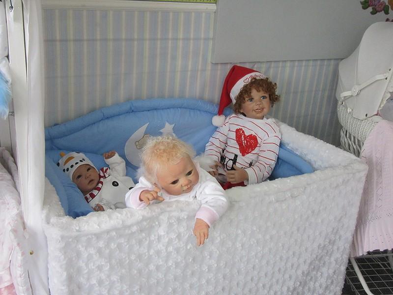 Es weihnachtet im Puppenhaus..... 3310