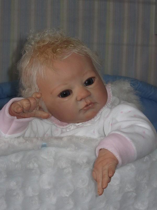 Es weihnachtet im Puppenhaus..... 3410