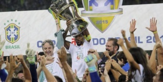 Championnat du Brésil - Brasileirão - Page 2 A649e10