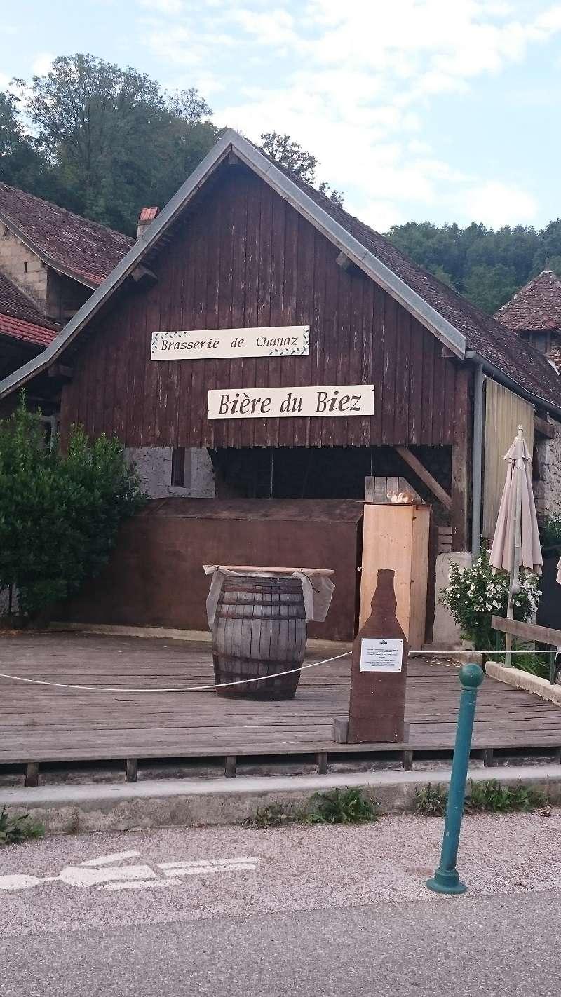 [73 Savoie] Camping des Iles à Chanaz Campin14